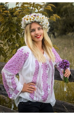 handmade embroidered Romanian blouse
