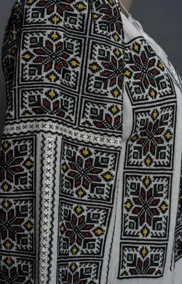 handmade authentic romanian blouses