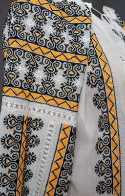 Romanian peasant blouses online