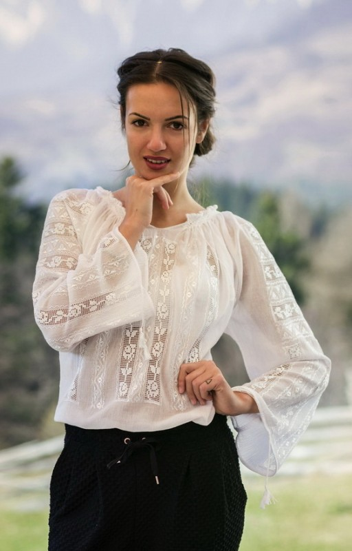 handmade romanian embroidered blouse